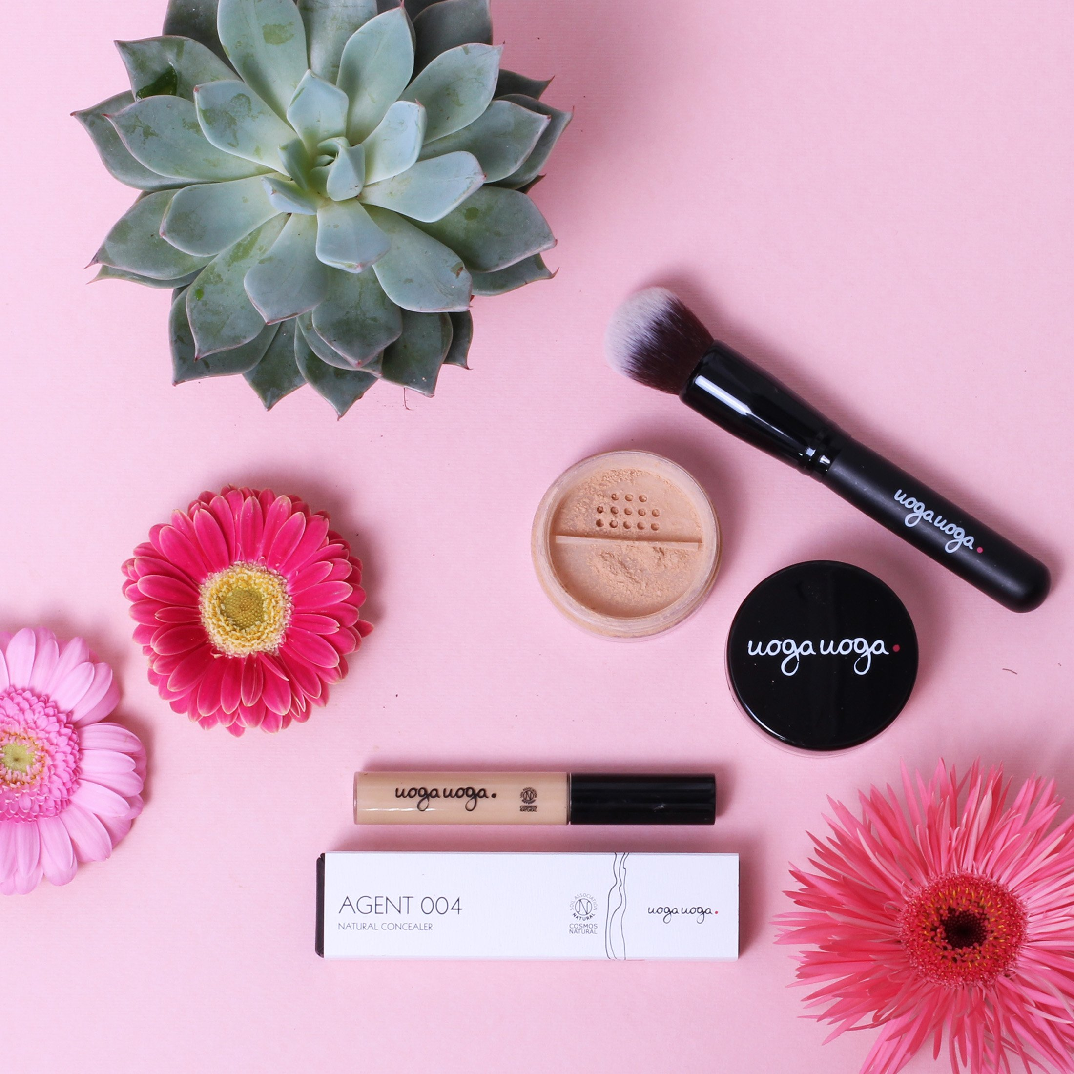 It is all in the basics complete make-up set